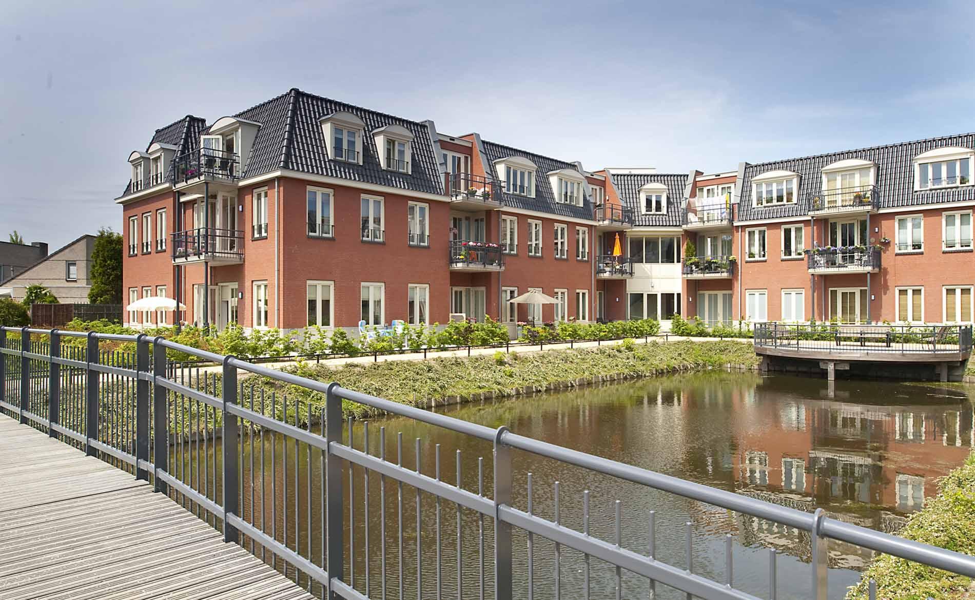architect woningbouw seniorenappartementen woonzorggebouw Om de Noord Hoogkarspel BBHD architecten