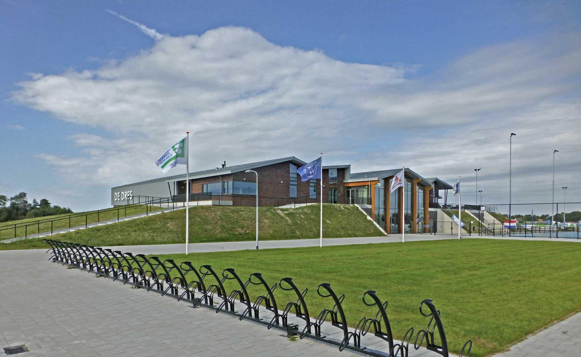 architect MFA multifunctionele accommodatie sporthal sport De Dres Nibbixwoud BBHD architecten
