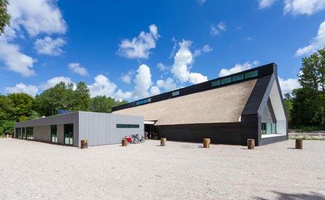 architect duurzaam bouwen Breeam bezoekerscentrum De Kennemerduinen Bloemendaal BBHD architecten Alkmaar moderne architectuur