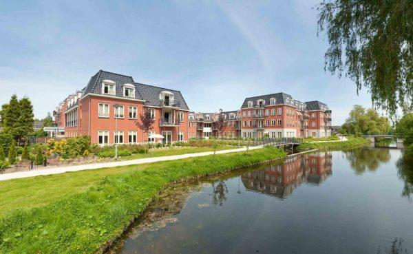 architect seniorenappartementen sociale huurwoningen GOED huisartsen apotheek woningbouw Om de Noord Hoogkarspel BBHD architecten