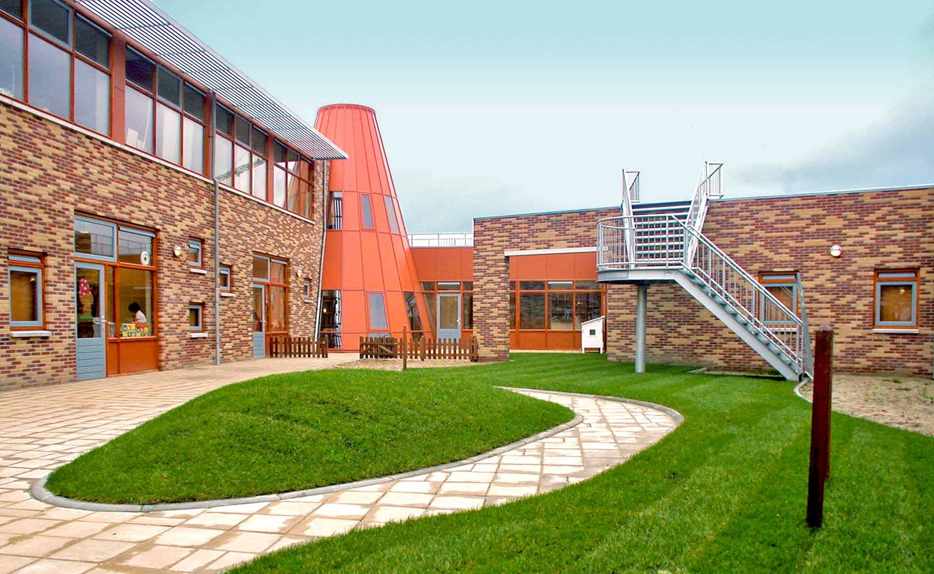 architect MFA Multinfunctionele Accommodatie basisonderwijs brede school sporthal kinderopvang wijkruimte Mayersloot Langedijk BBHD architecten