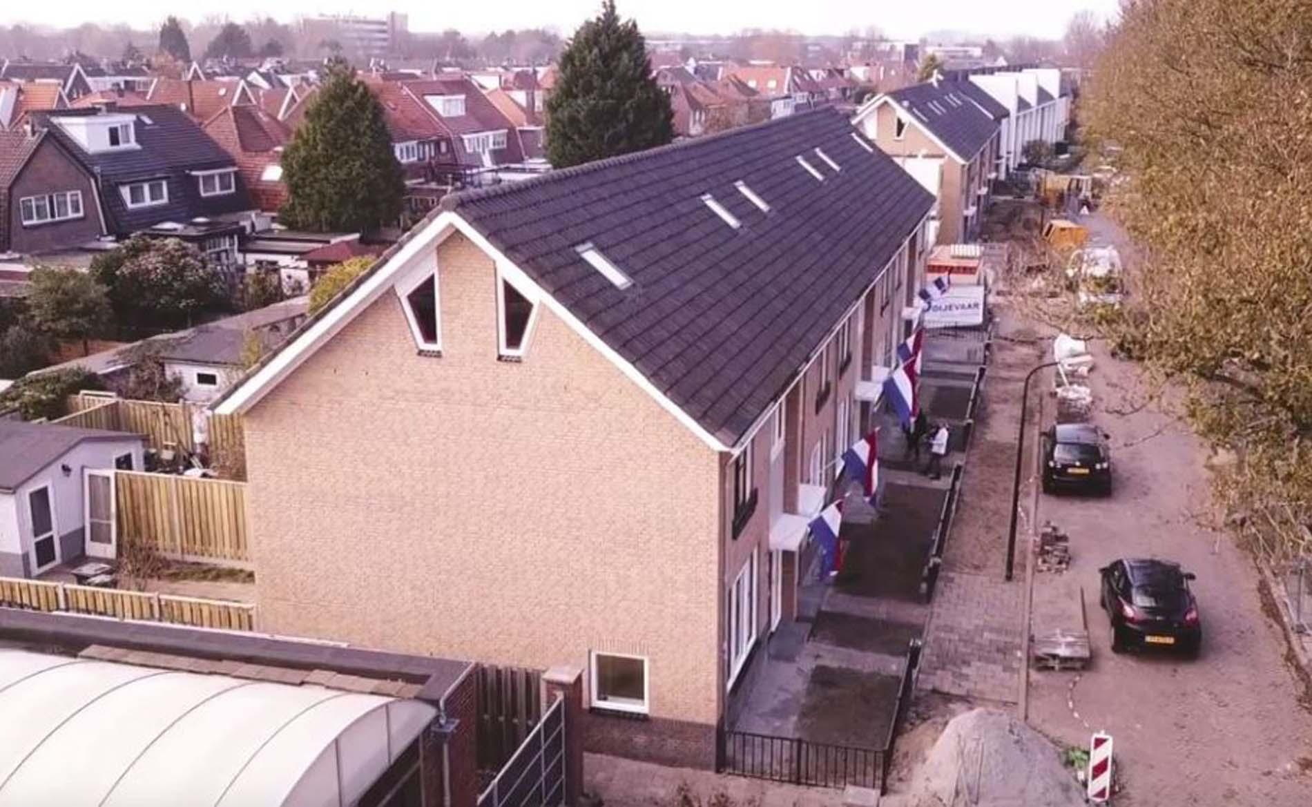 oplevering verduurzaming woningen Beukenstraat Beverwijk